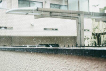 屋根修理 雨の日